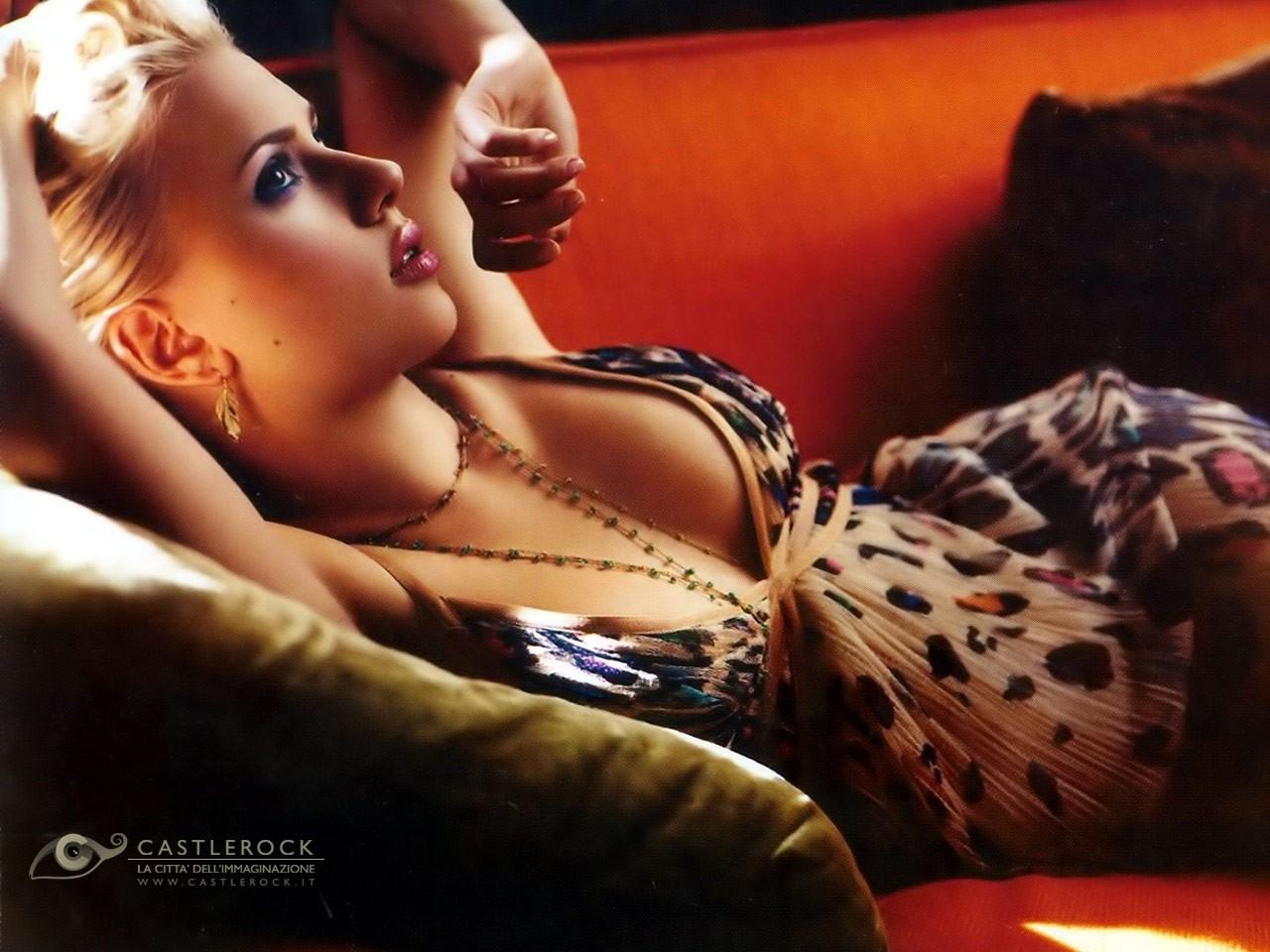 Wallpaper di una sensualissima Scarlett Johansson