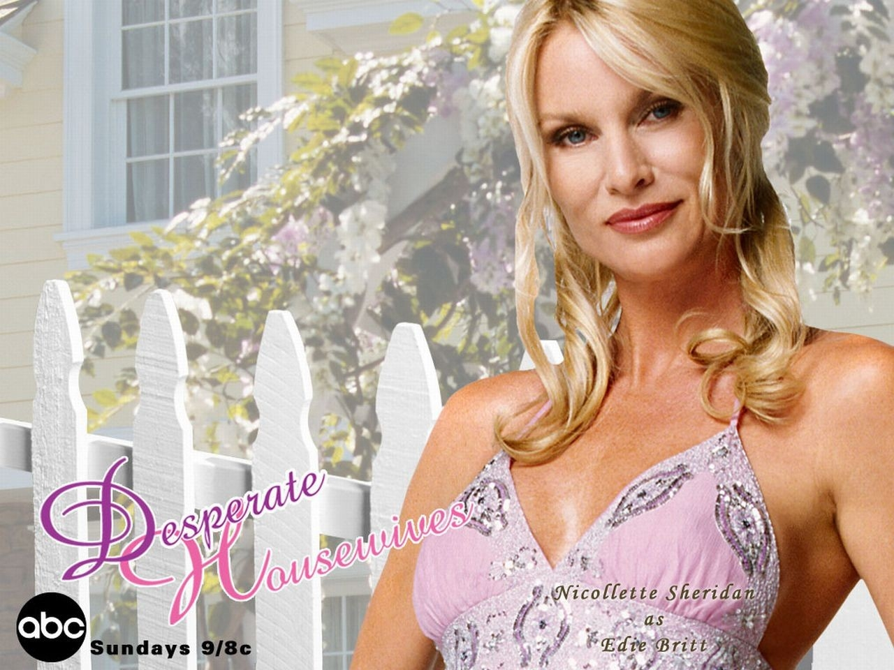 Wallpaper della serie Desperate Housewives con Edie Britt (Nicollette Sheridan)