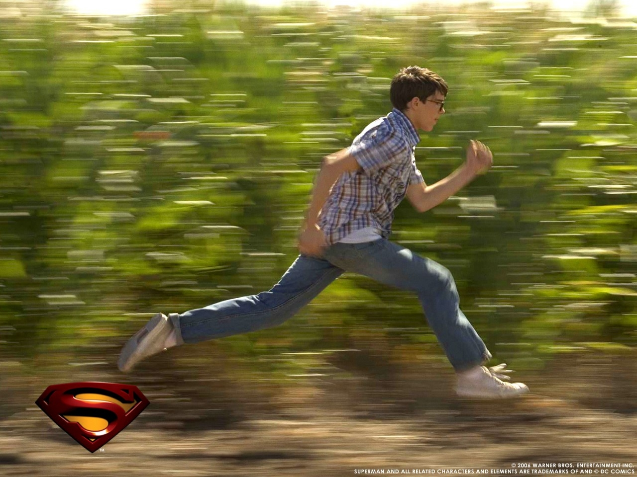 Wallpaper del film Superman Returns con Clark Kent