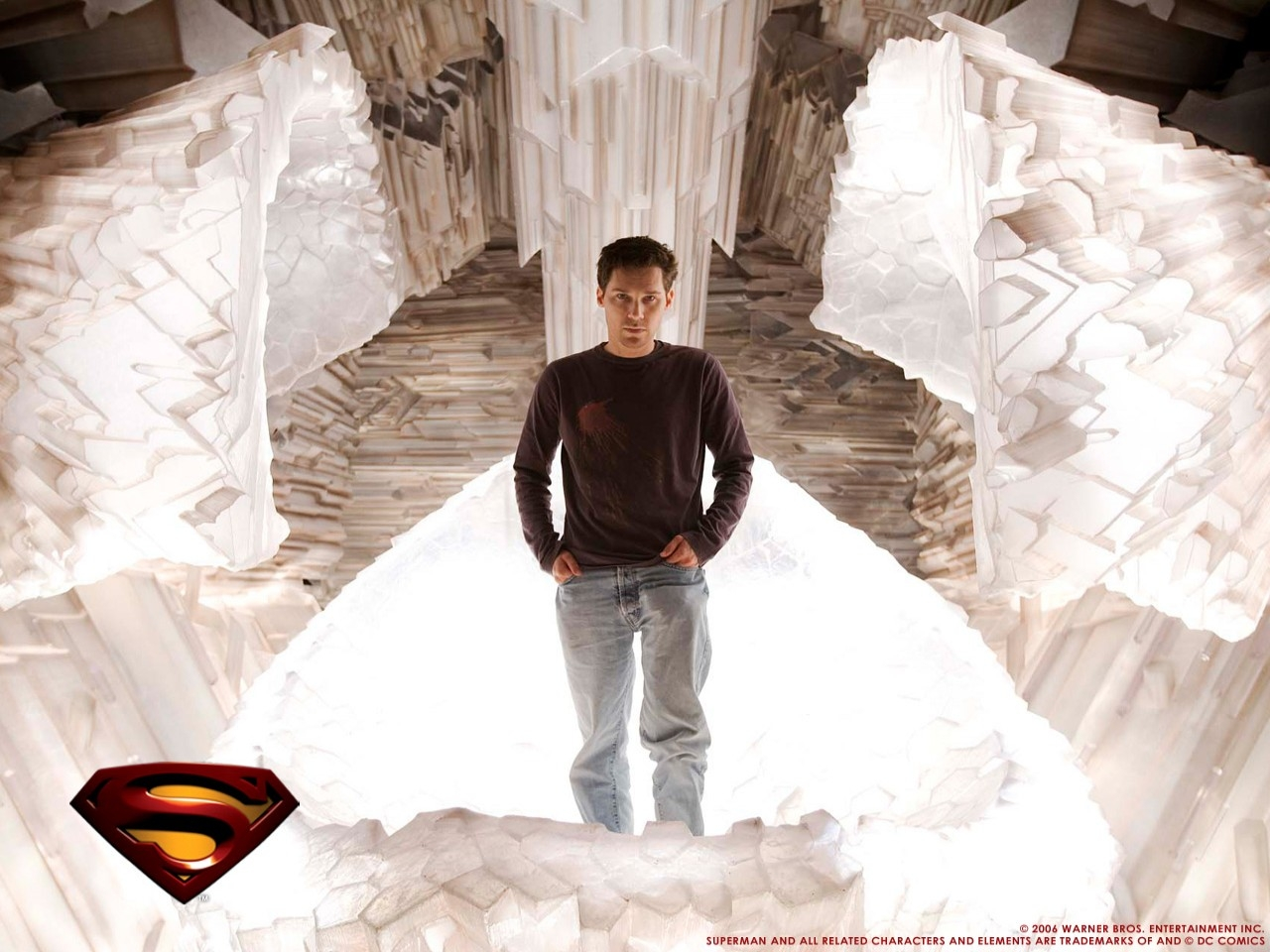 Wallpaper del film Superman Returns con una bella immagine di Brandon Routh