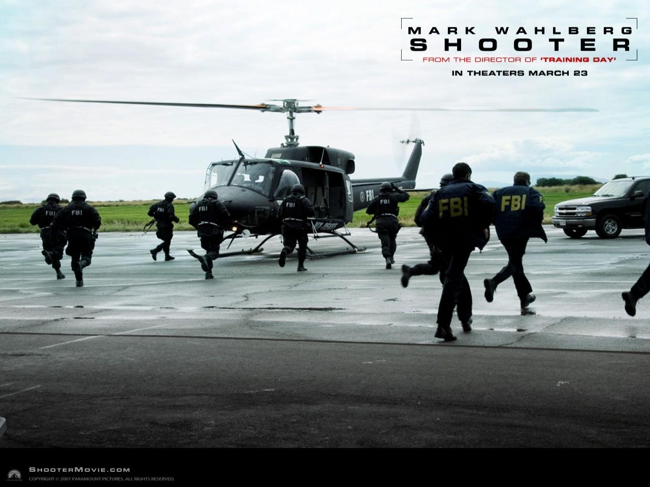 Wallpaper di Shooter diretto da Antoine Fuqua