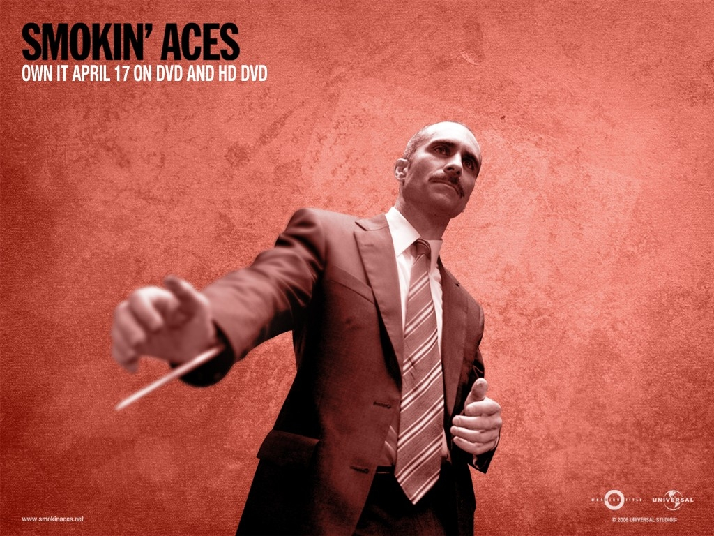 Wallpaper del film Smokin' Aces con sfondo rosso