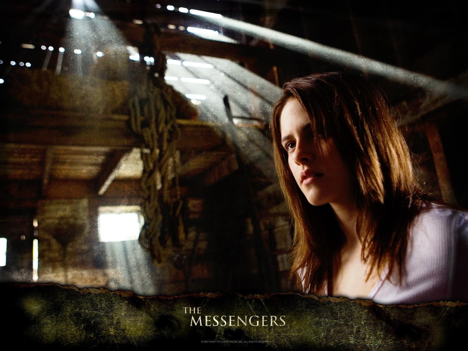 Wallpaper del film The Messengers con la Stewart