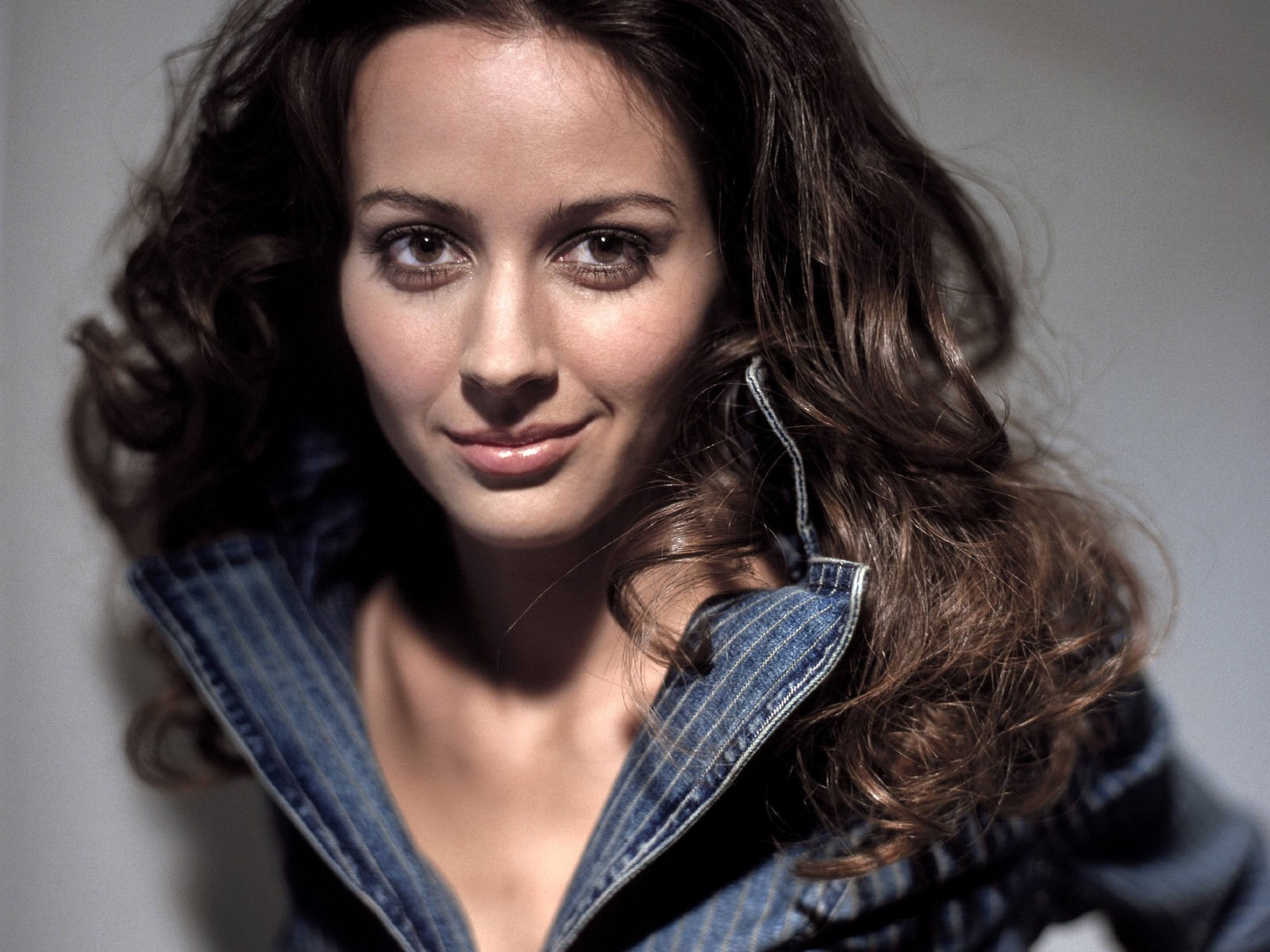 Wallpaper di Amy Acker - 15