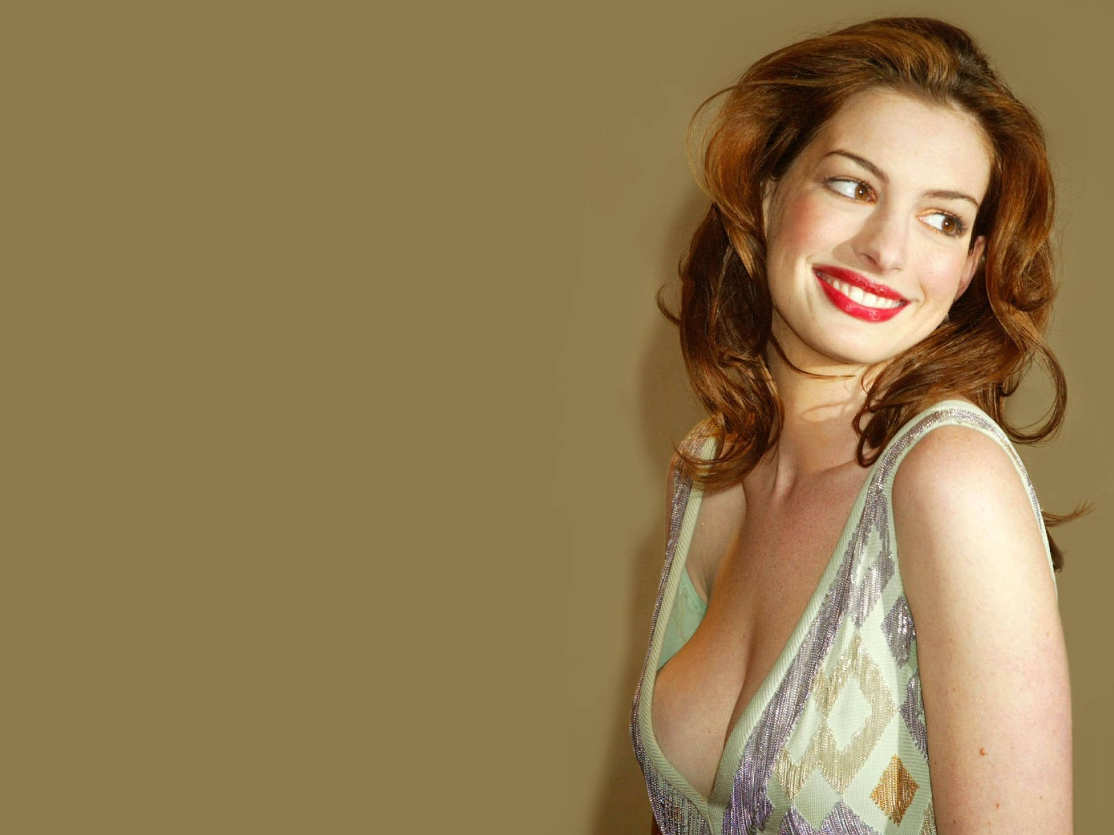 Wallpaper di Anne Hathaway - 4