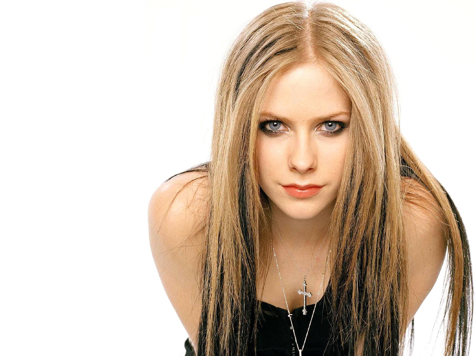 Wallpaper di Avril Lavigne su fondo bianco