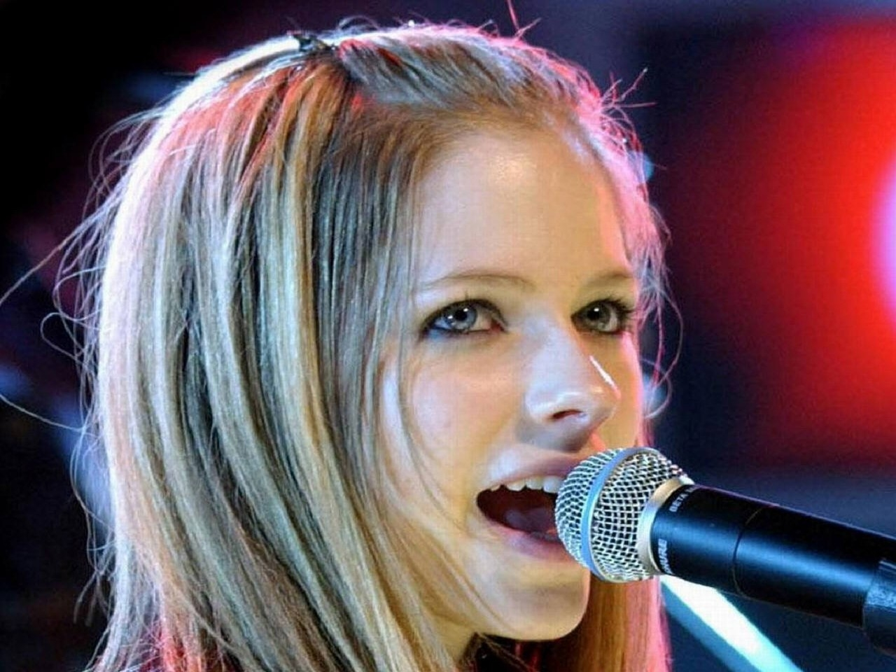 Wallpaper di Avril Lavigne in concerto