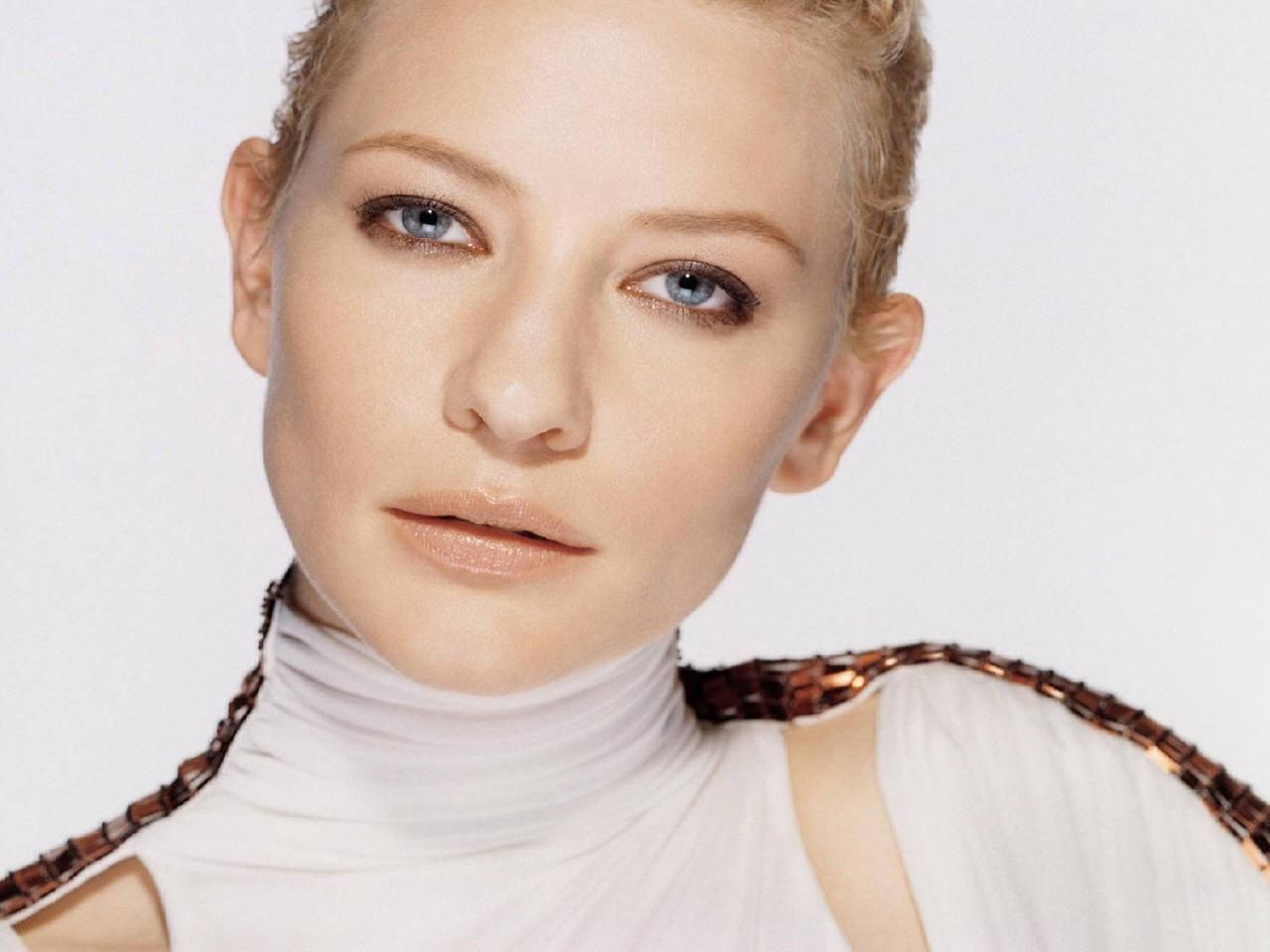 Wallpaper di un'elegante e sofisticata Cate Blanchett