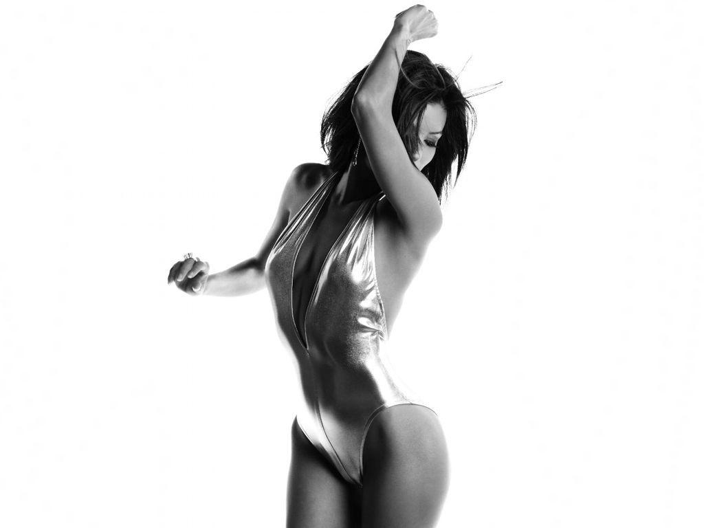 Wallpaper di Eva Longoria Parker, curve da capogiro per la bella attrice di origine messicana