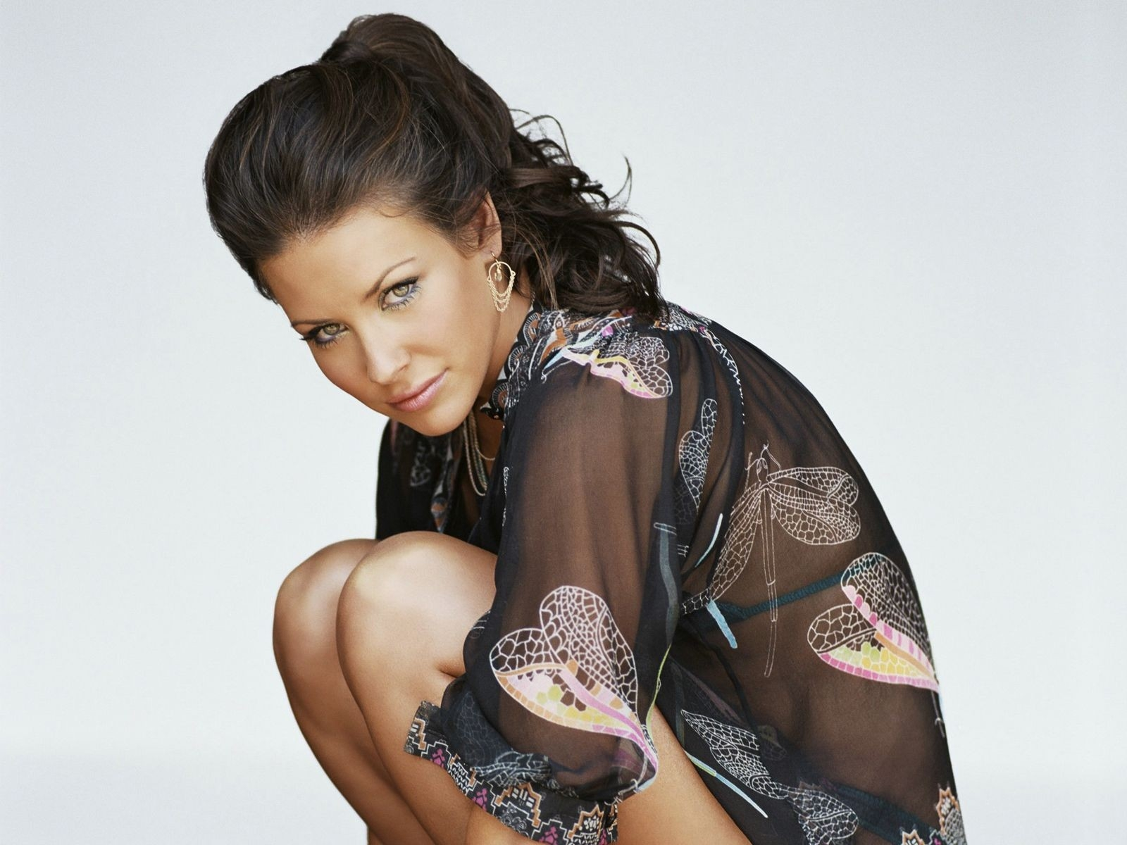 Wallpaper: trasparenze sensuali per Evangeline Lilly