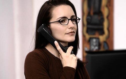Kristin Davis in una scena di Sex and the City, episodio Sesso: bugie e tradimenti