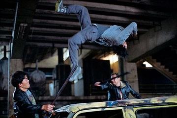Tony Jaa in una scena del film The Protector - La legge del Muay Thai