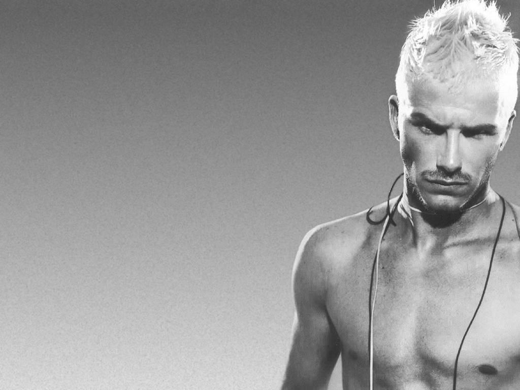Wallpaper di David Beckham sexy e platinato