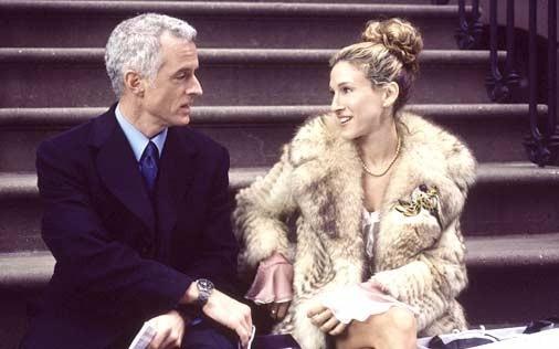 Sarah Jessica Parker e John Slattery in una scena di Sex and the City, episodio L'uomo che le donne vorrebbero