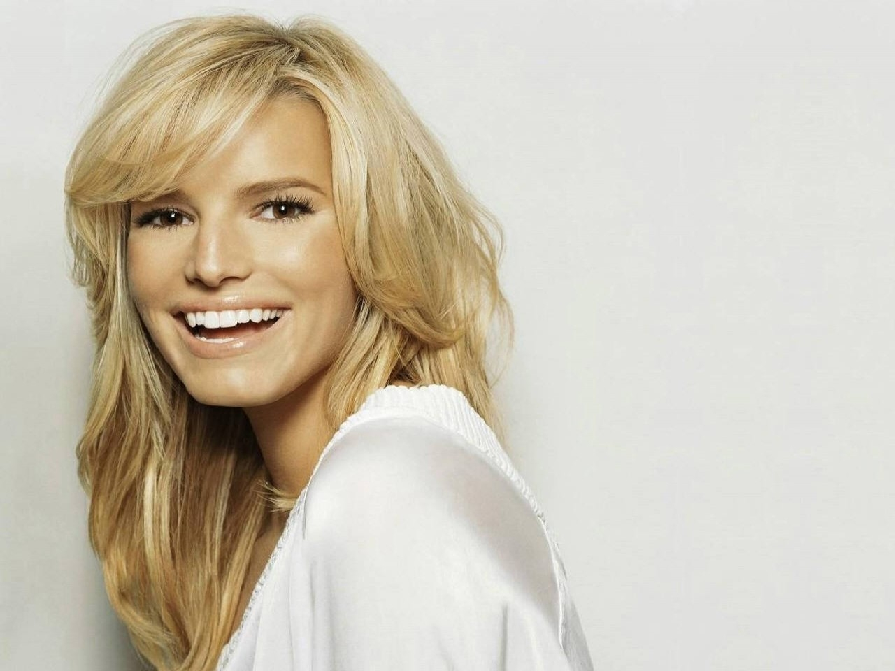Wallpaper dell'attrice e cantante Jessica Simpson