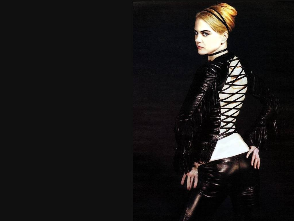 Wallpaper di Nicole Kidman in versione 'fetish'