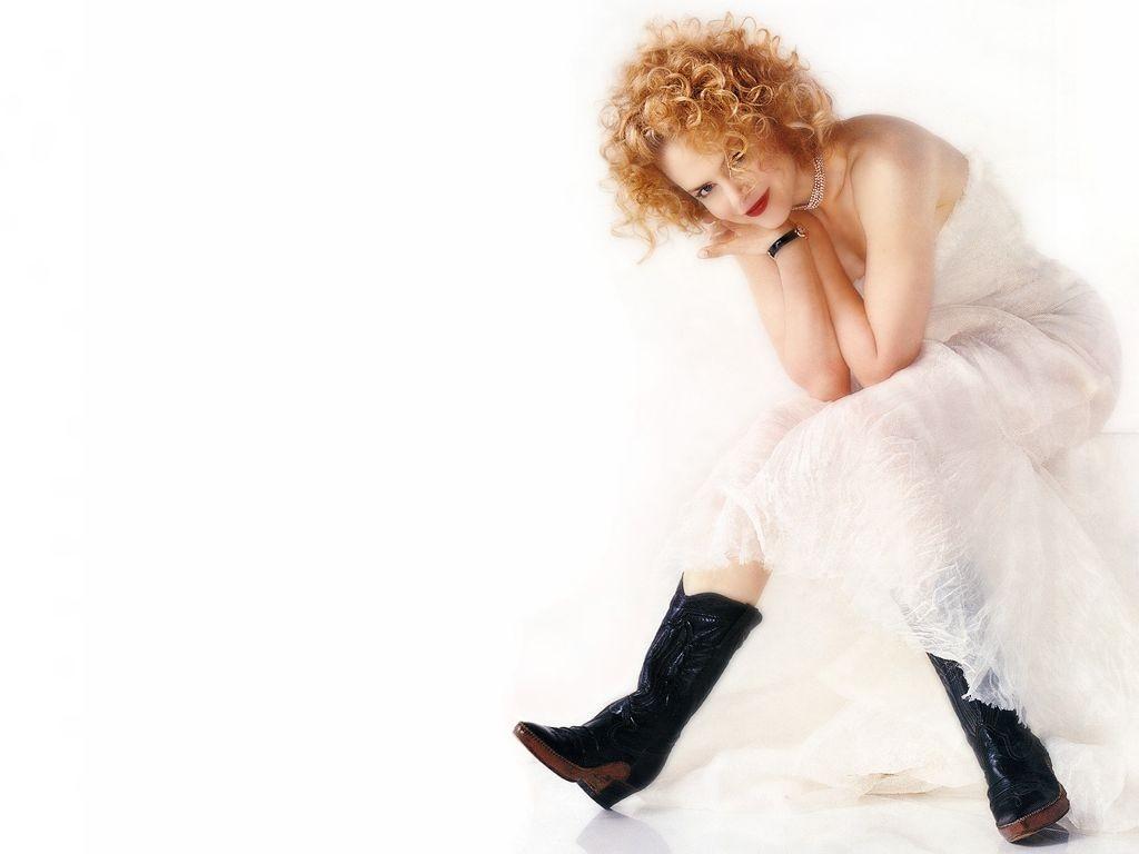 un wallpaper di Nicole Kidman su fondo bianco