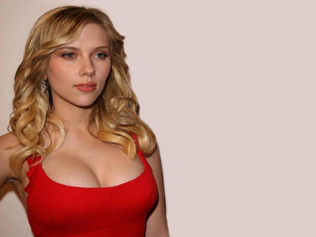 Wallpaper di una strepitosa Scarlett Johansson