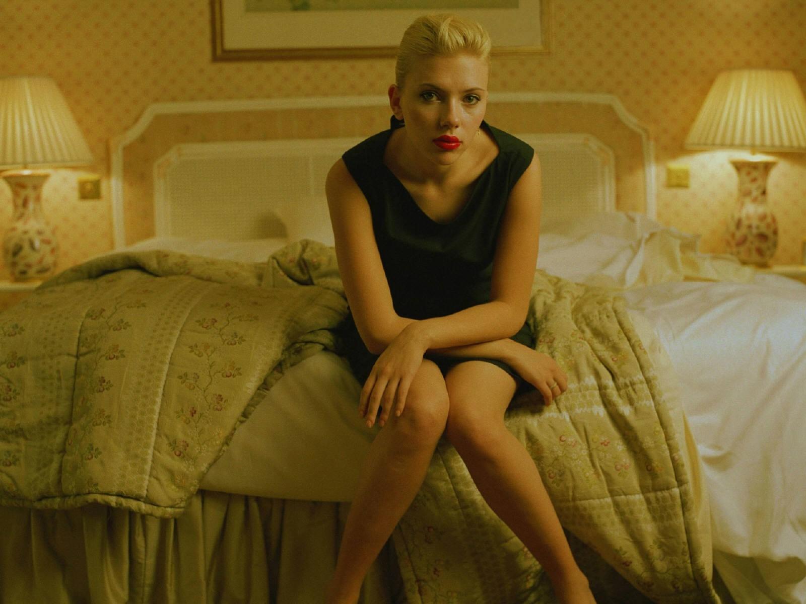 Un wallpaper dell'attrice Scarlett Johansson