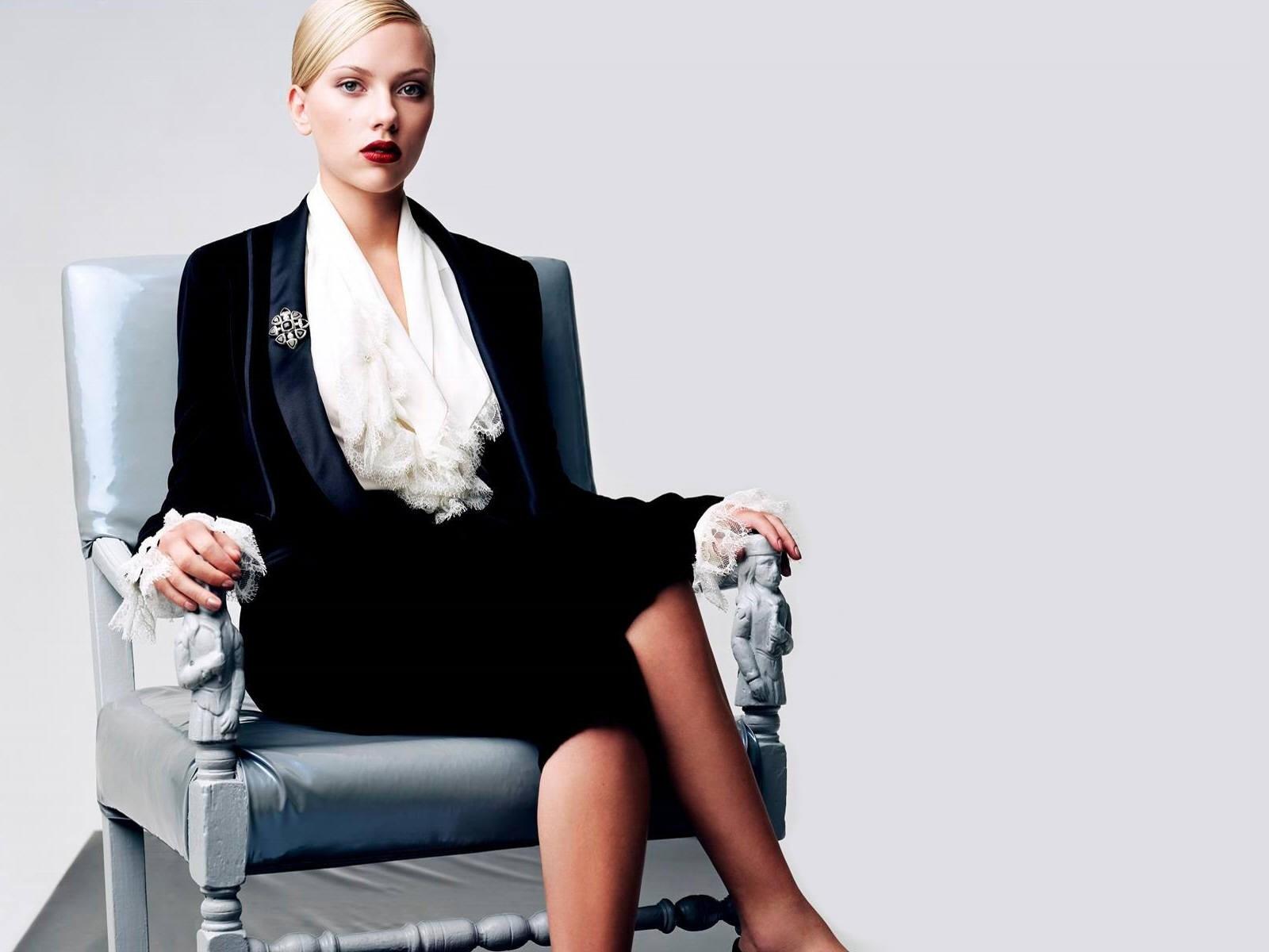 Wallpaper per il desktop di Scarlett Johansson