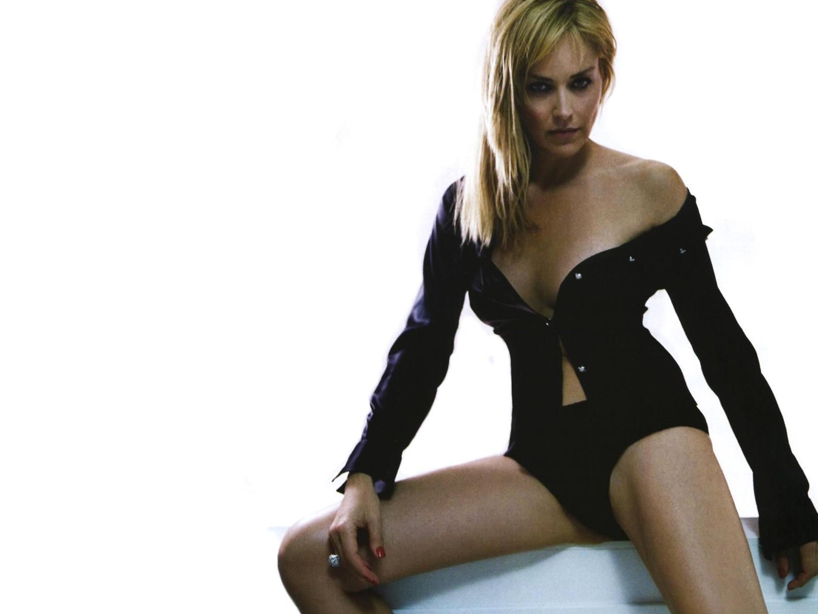 Wallpaper di Sharon Stone, icona sexy del cinema USA