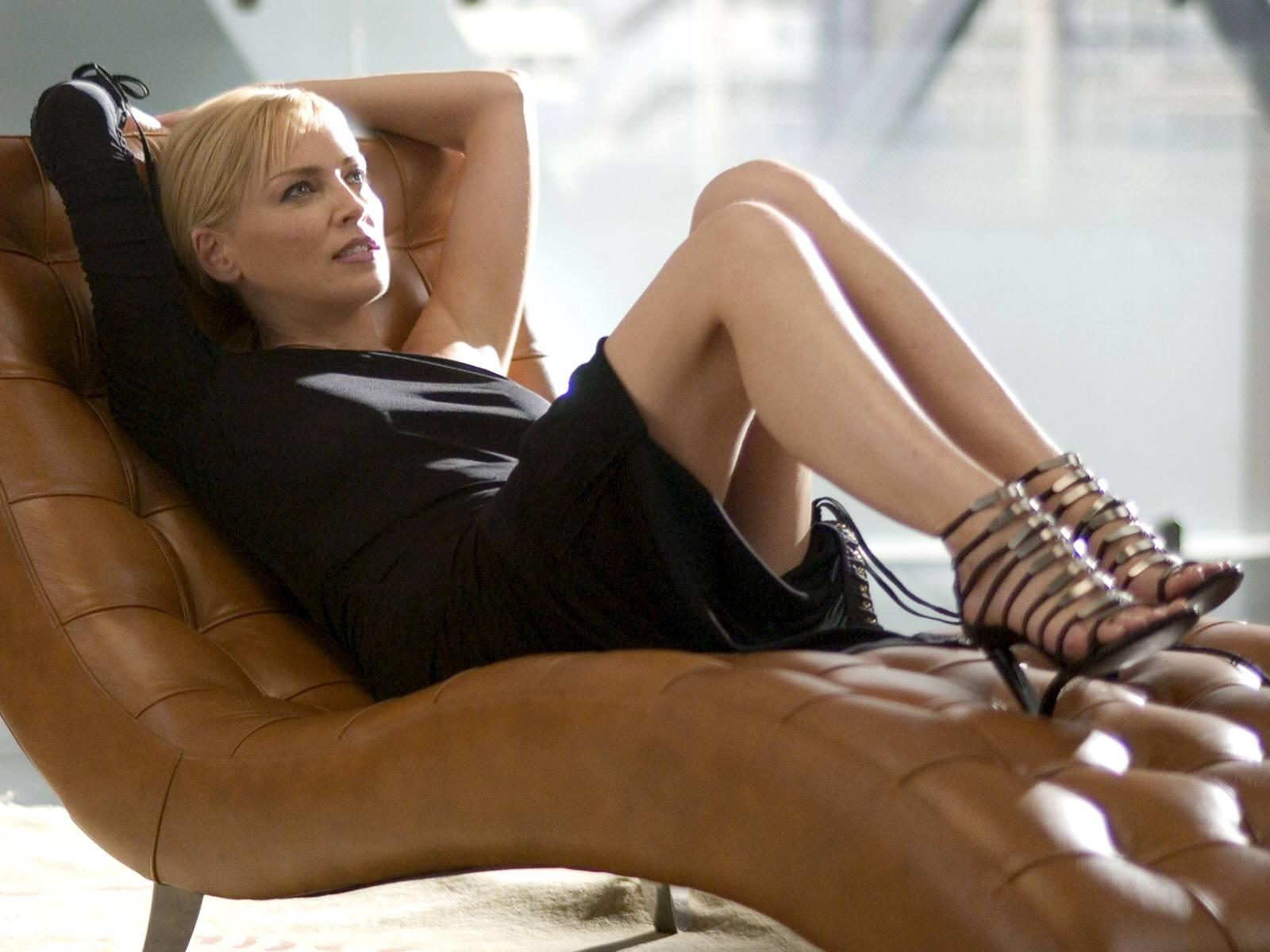 Wallpaper di Sharon Stone nel thriller erotico Basic Instinct 2