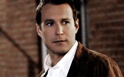 John Corbett  in una scena di Sex and the City, episodio Parlare non basta