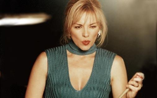 Kim Cattrall in una scena di Sex and the City, episodio Grazie e... disgrazie