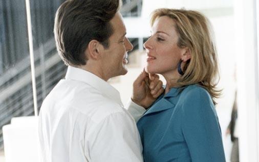 Kim Cattrall in una scena di Sex and the City, episodio La chiave della felicità