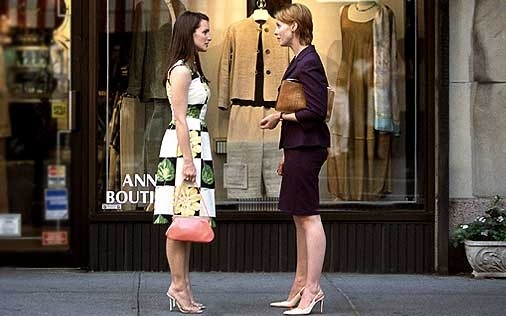 Kristi Davis e Cynthia Nixon in una scena di Sex and the City, episodio Potevo, volevo, dovevo