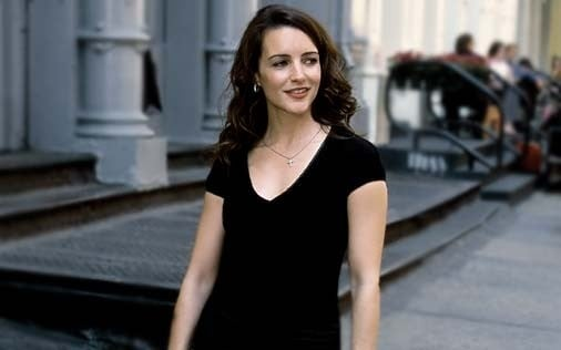 Kristin Davis in una scena di Sex and the City, episodio Delitto e castigo