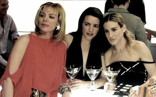Kristin Davis, Sarah Jessica Parker e Kim Cattrall in una scena di Sex and the City, episodio Parlare non basta