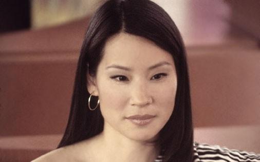 Lucy Liu in una scena di Sex and the City, episodio Potevo, volevo, dovevo