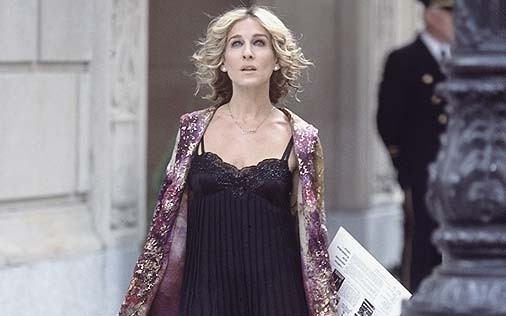 Sarah Jessica Parker in una scena di Sex and the City, episodio New York, anima mia