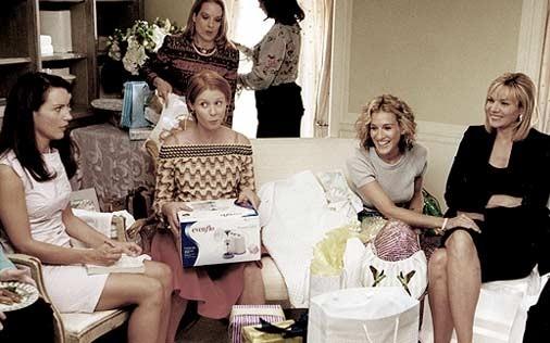 Sarah Jessica Parker, Kim Cattrall, Cynthia Nixon e Kristin Davis in una scena di Sex and the City, episodio Vogue, sesso e premaman