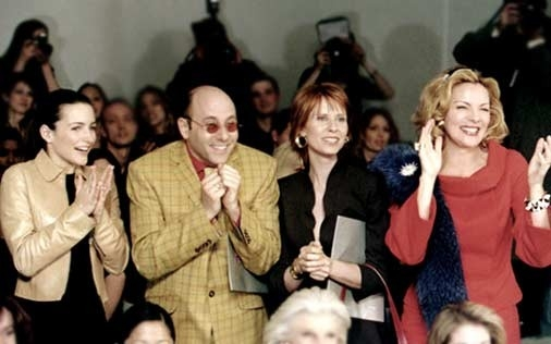 Willie Garson, Kristin Davis, Cynthia Nixon e Kim Cattrall in una scena di Sex and the City, episodio Scrittrice in passarella