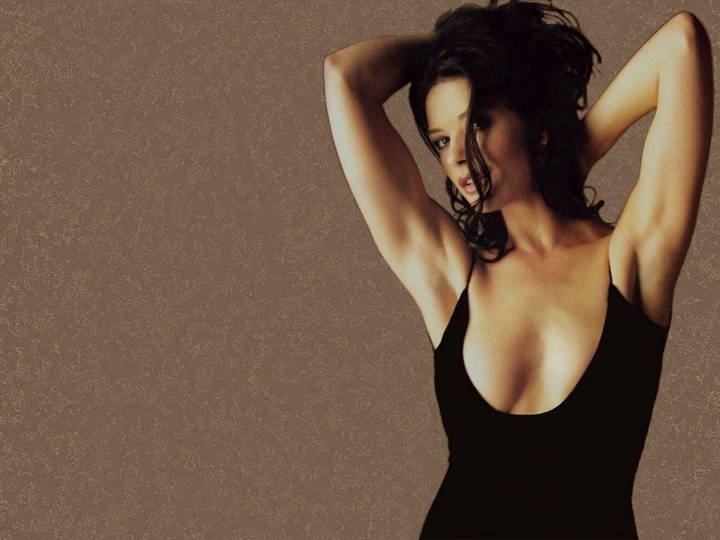 Wallpaper - scollatura da capogiro per Catherine Zeta-Jones