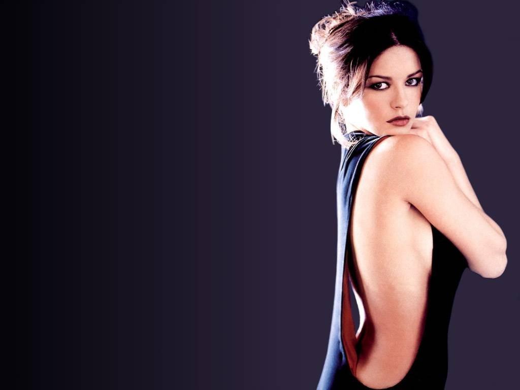 Wallpaper dell'attrice britannica Catherine Zeta-Jones