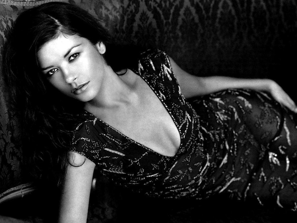 Wallpaper di una fascinosa Catherine Zeta-Jones