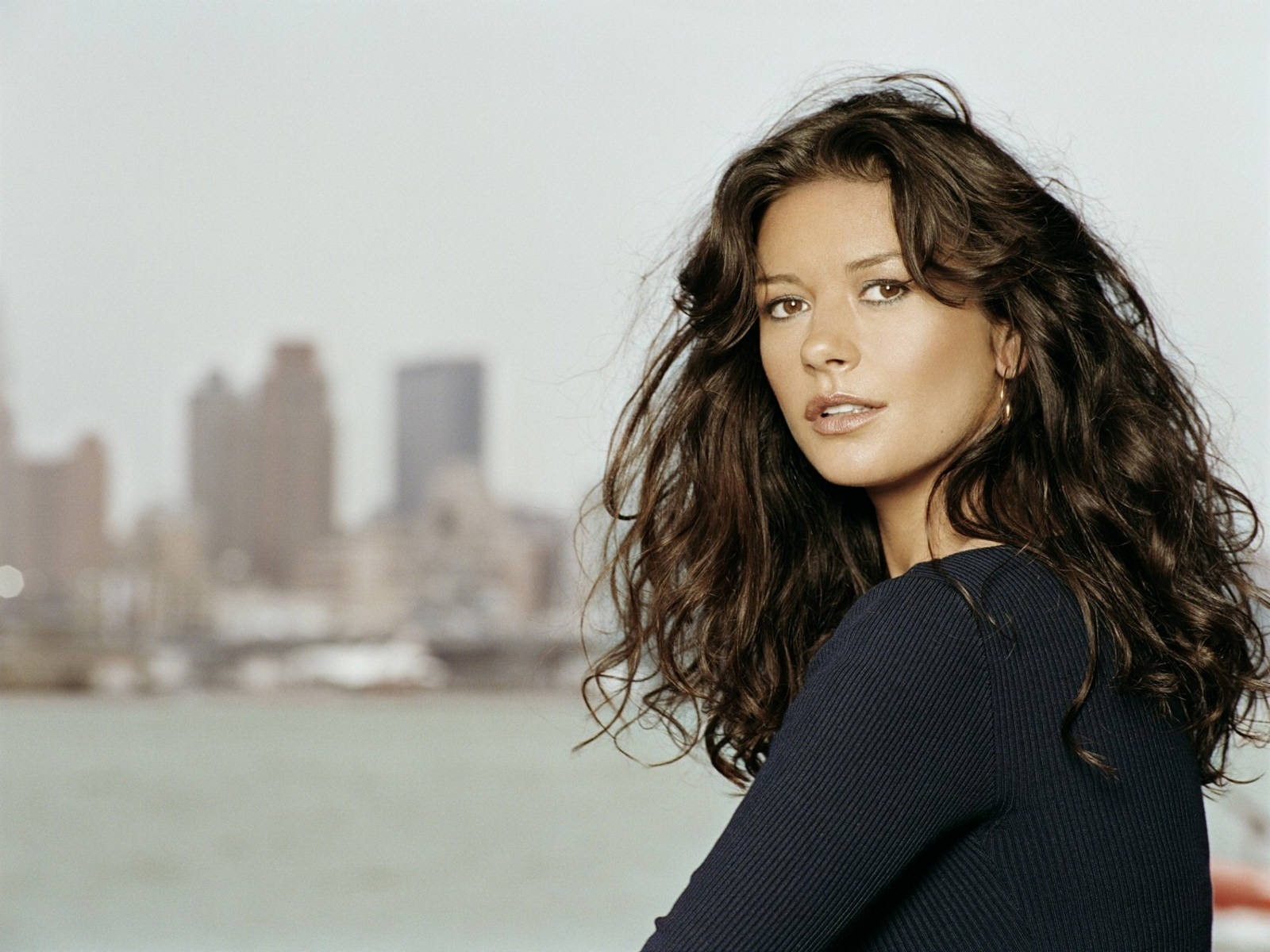 18 - Wallpaper di Catherine Zeta-Jones