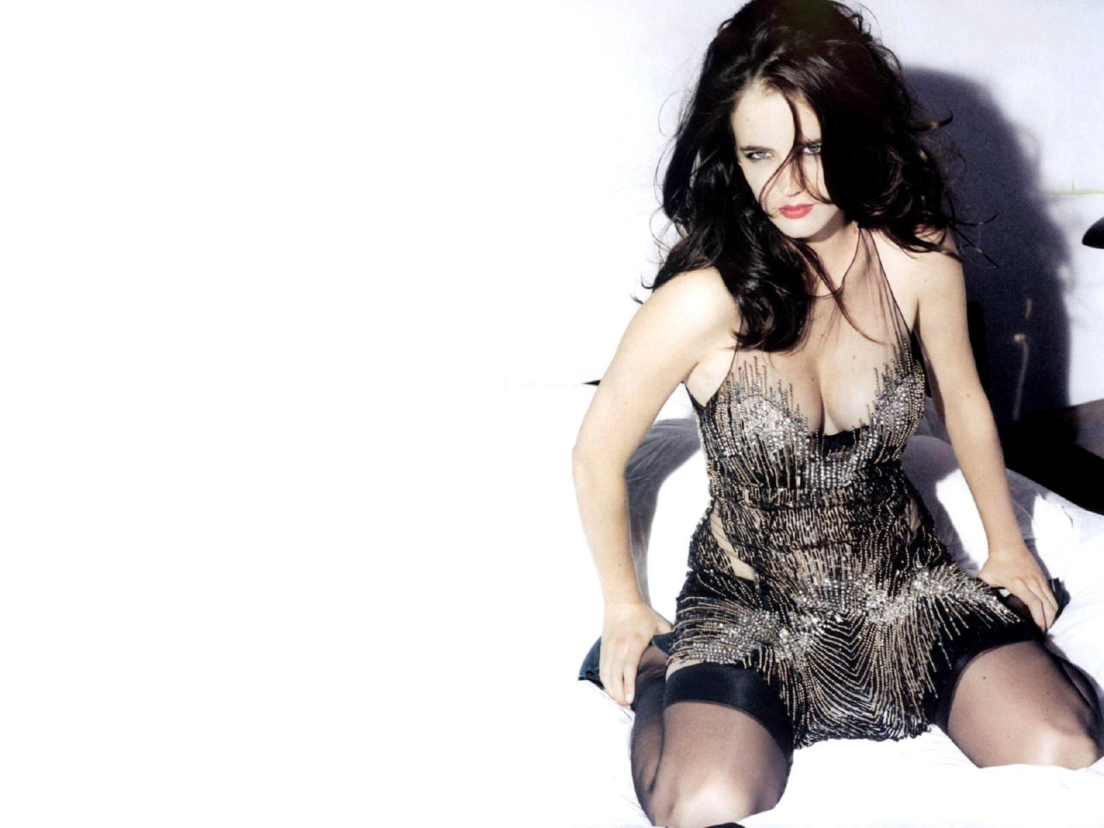 Wallpaper di Eva Green in lingerie grigia