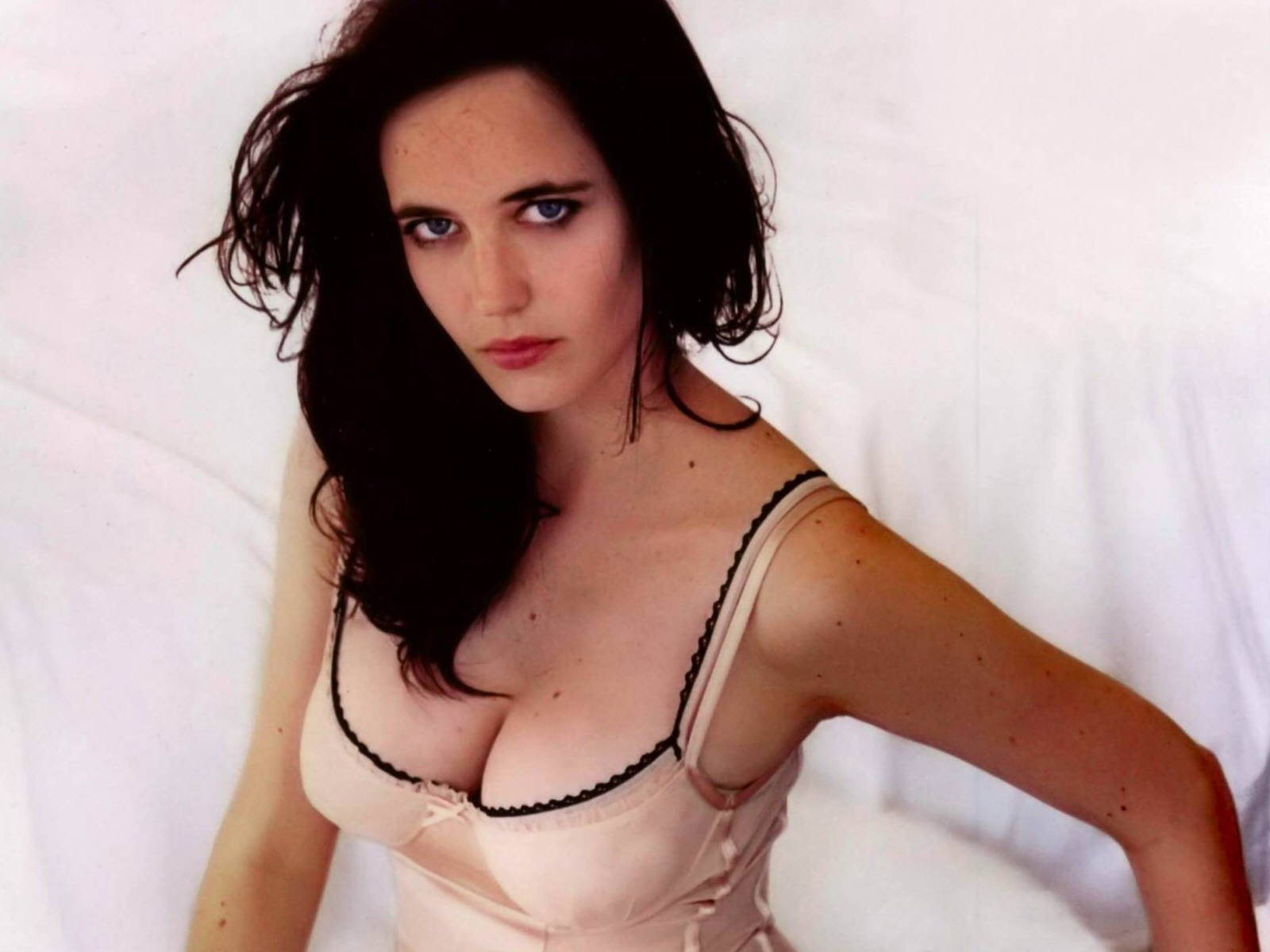 Wallpaper di Eva Green in lingerie