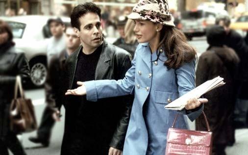 Kristin Davis in una scena di Sex and the City, episodio Salpare le ancore
