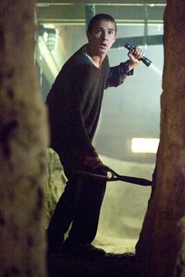 Shia LaBeouf in una scena del film Disturbia