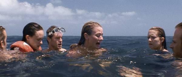 Una scena del film Alla deriva