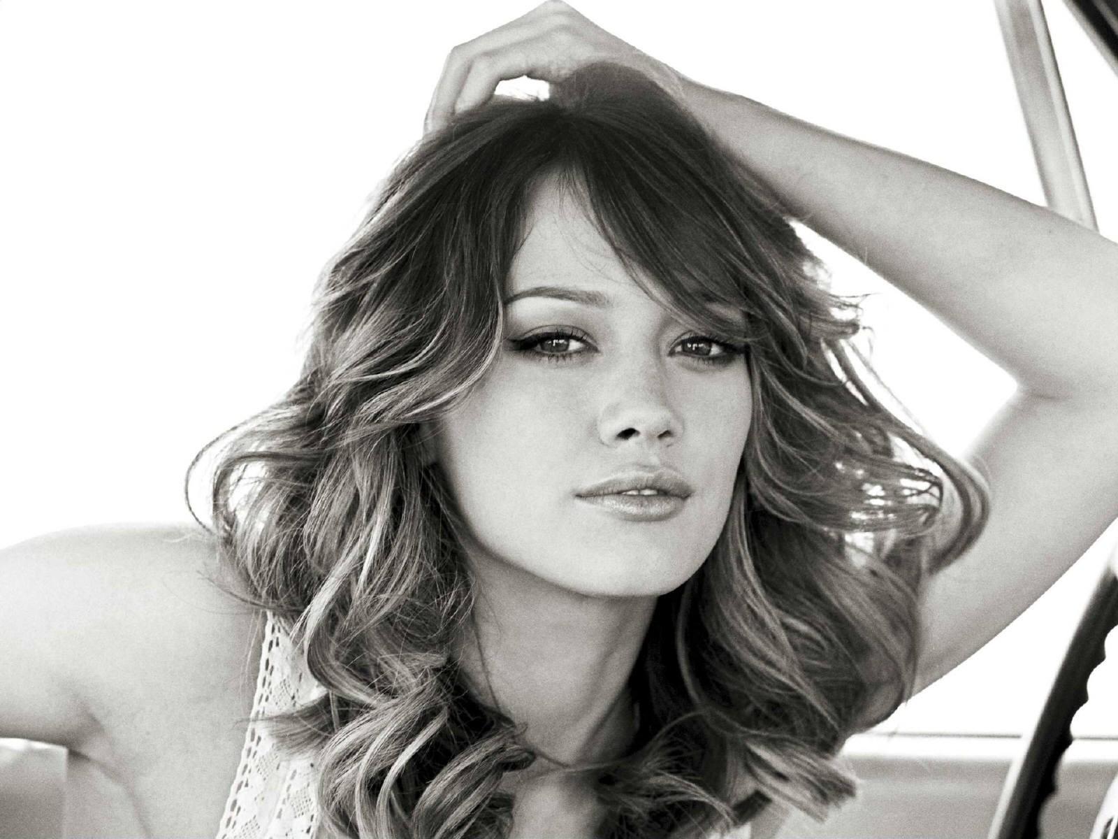 Wallpaper di Hilary Duff - 60