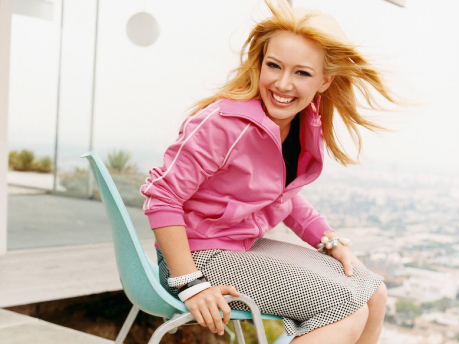 Wallpaper di Hilary Duff - 63