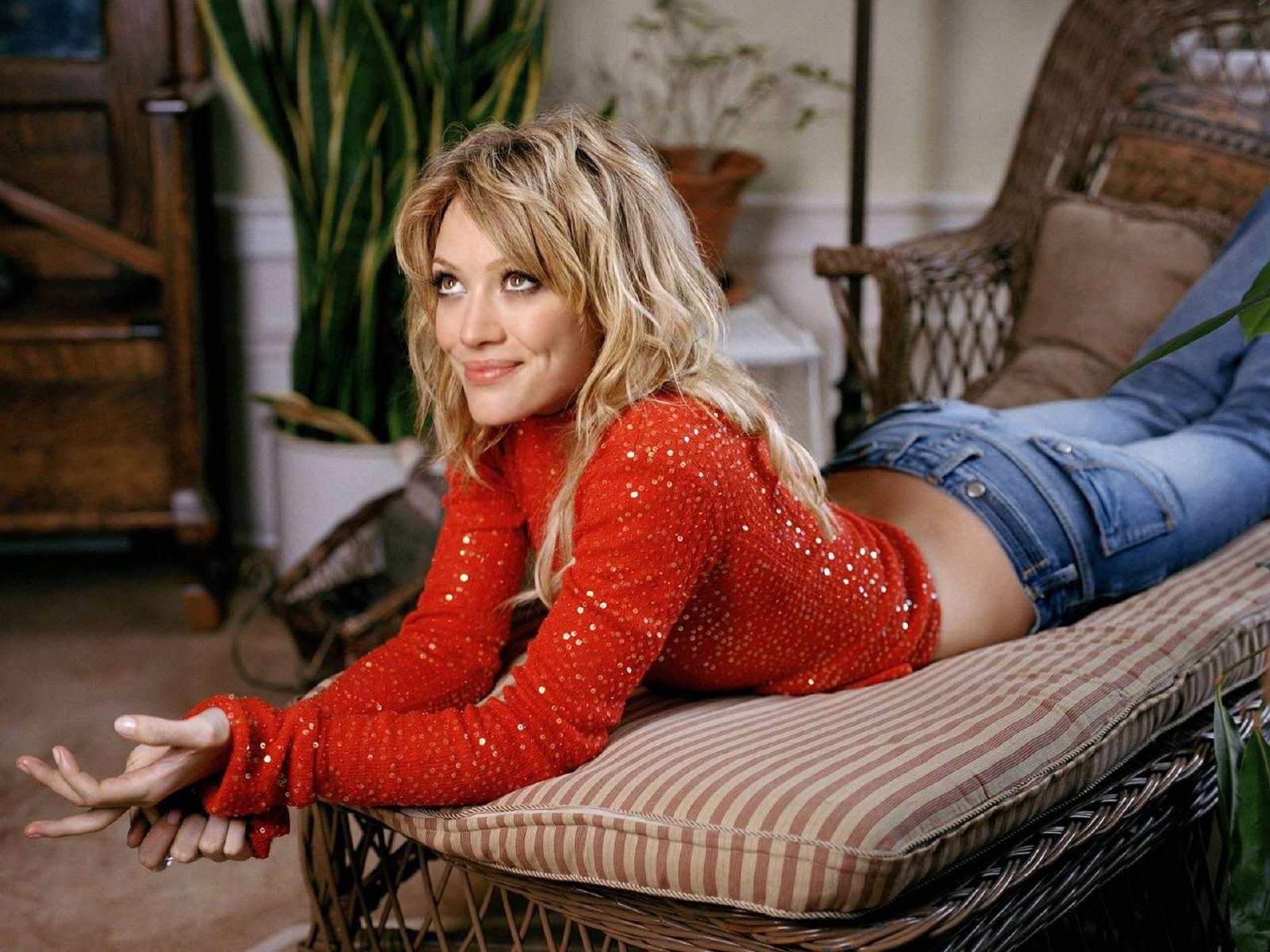 Wallpaper di Hilary Duff - 66