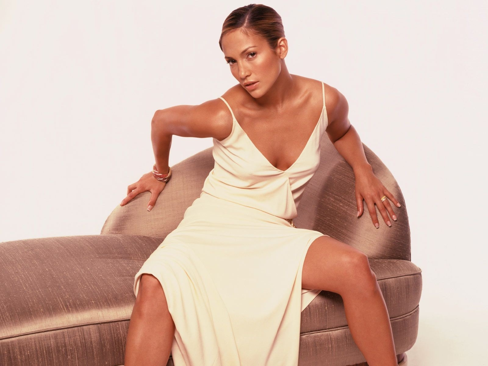 Wallpaper di Jennifer Lopez, sexy e grintosa