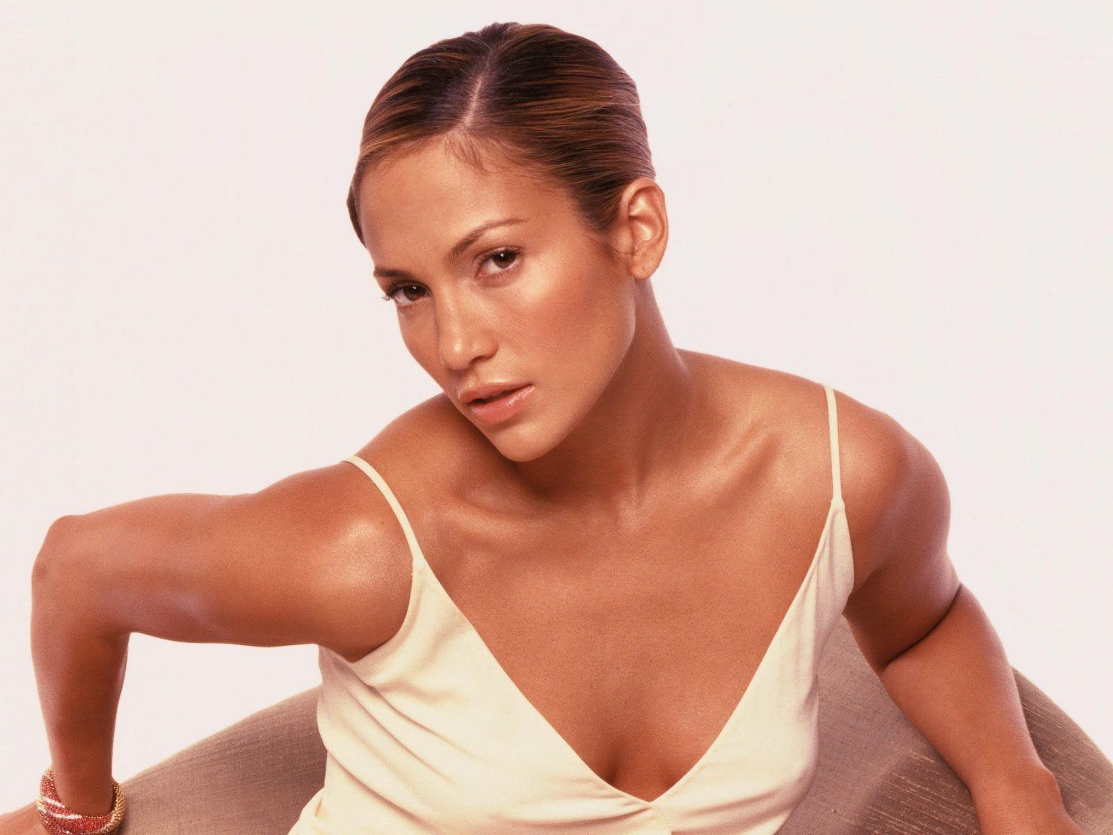Wallpaper di Jennifer Lopez in abito bianco